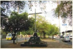 Cruz milagrosa da Av. Frei Serafim